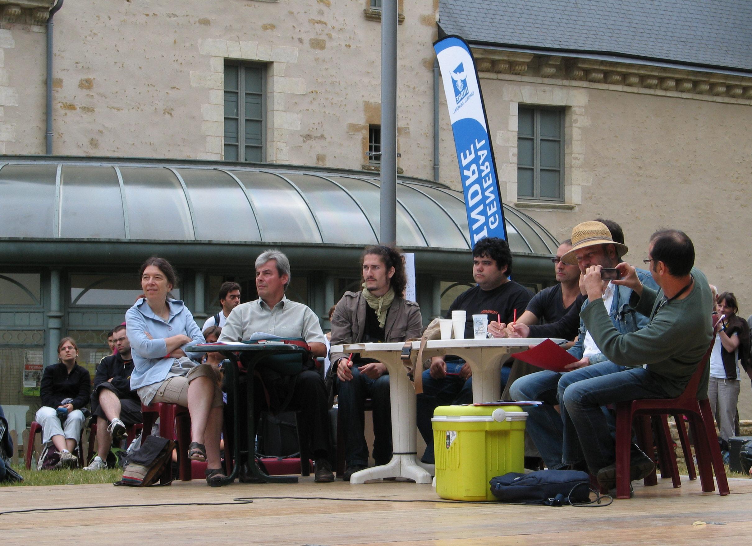 festival rencontres internationales de luthiers et maîtres sonneurs